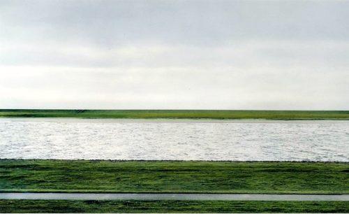 दुनिया की सबसे महंगी फोटो The Rhine II 1999 Andreas Gursky