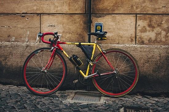Bicycle thief story in hindi